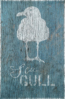 Shell Sign Painting - Sea Gull by Cora Niele