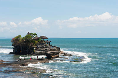 Sea Temple, Tanah Lot Temple, Tanah Art Print by Panoramic Images