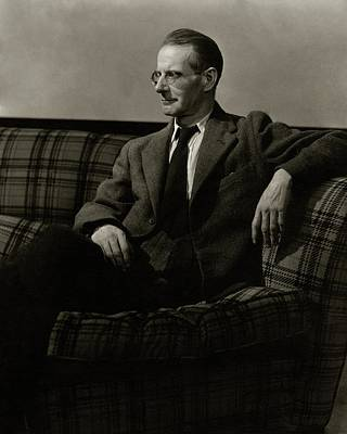Photograph - Sean O'casey Sitting On A Sofa by Lusha Nelson