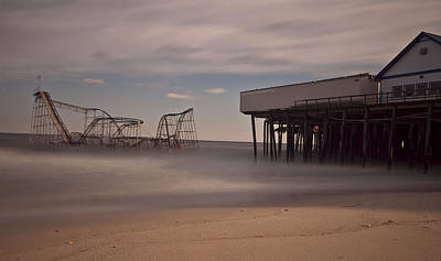 Jet Star Rollercoaster Photograph - Seaside Carnage by Richard Zoeller