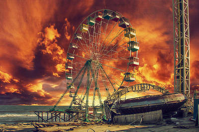 Seaside Ferris Wheel Print by Kim Zier