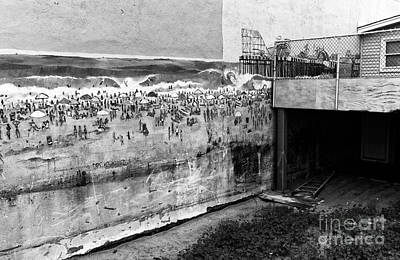 Seaside Heights On The Wall Mono Art Print by John Rizzuto