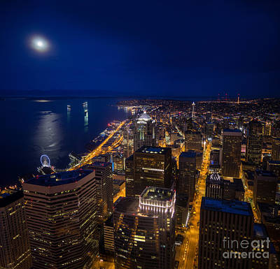 The Wheel Photograph - Seattle Downtown Moonrise by Mike Reid