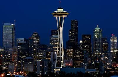 Seattle Skyline At Night Art Print by Jetson Nguyen