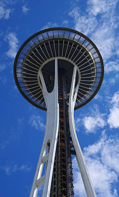 Photograph - Seattle's Space Needle by Marilyn Wilson