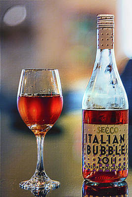 Sparkling Wines Digital Art - Secco Italian Bubbles by Bill Tiepelman