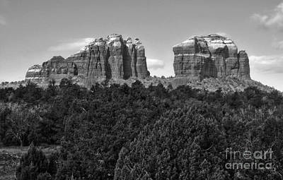 Sedona Arizona Mountains - Black And White Art Print by Gregory Dyer
