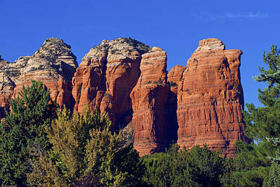 Photograph - Sedona Coffee Pot Rock by Lou Ford