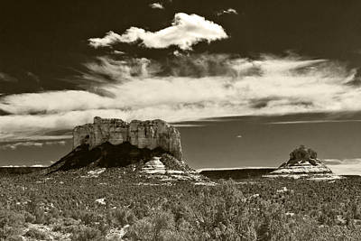 Photograph - Sedona Monuments 2 by Lou Ford