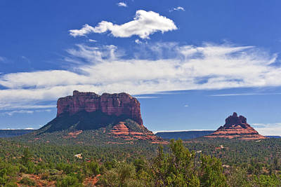 Photograph - Sedona Monuments by Lou Ford