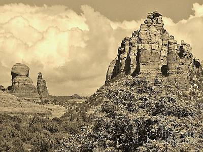 Art Print featuring the photograph Sedona by William Wyckoff