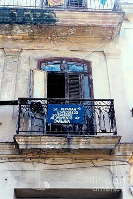 Photograph - Seed Of Entrepreneurs Never Left Havana Cuba by Rafael Salazar