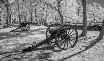 Photograph - Seminary Ridge  8d00034i by Guy Whiteley