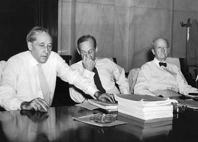 Heat Wave Photograph - Senators Shed Decorum by Underwood Archives