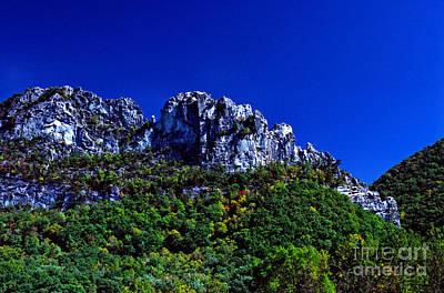 Seneca Rocks With The Gendarme Print by Thomas R Fletcher