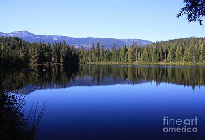 Photograph - Serenity Lake I by Amanda Holmes Tzafrir