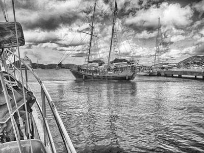 Photograph - Setting Sail by Howard Salmon