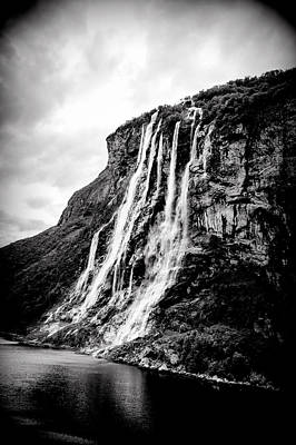 Photograph - Seven Sisters Waterfall by Bill Howard