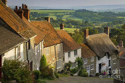 Photograph - Shaftesbury Cottages by Brian Jannsen