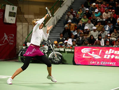 Sharapova At Qatar Open Art Print by Paul Cowan