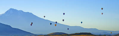 Photograph - Shasta Balloon Panorama by Loree Johnson