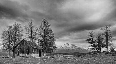 Photograph - Shasta Valley Winter Scene by Loree Johnson