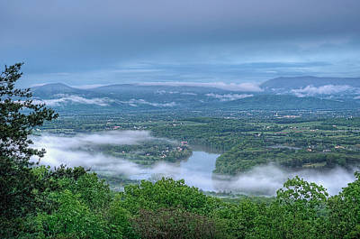 Spring Scenes Photograph - Shenandoah Evening Fog by Lara Ellis