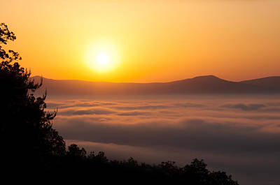 Photograph - Shenandoah Spring Sunrise by Lara Ellis