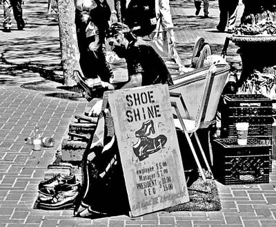 Photograph - Shine 4 A Price by Joseph Coulombe