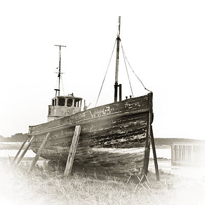 Ship Wreck Art Print by Tom Gowanlock