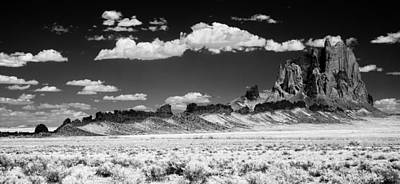 Photograph - 90272 Shiprock Dyke Long View by Erik Poppke