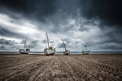 Tide Wall Art - Photograph - Ships by Fotomarion