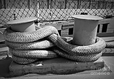 Photograph - Ship's Rope by Chalet Roome-Rigdon