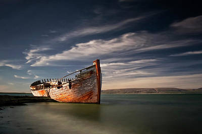 Shipwreck Wall Art - Photograph - Shipwreck by ??orsteinn H. Ingibergsson