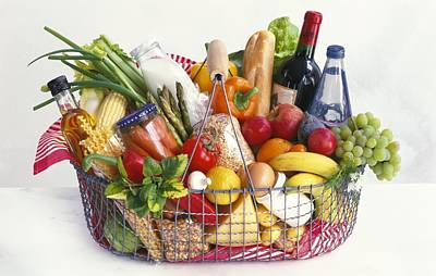 Hotdog Photograph - Shopping Basket by Science Photo Library