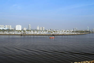 Down Town Los Angeles Photograph - Shoreline Long Beach Ca 03 by Thomas Woolworth