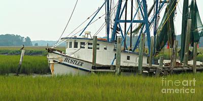 Shrimp Boat And Pelican - Lowlands Of South Carolina Art Print