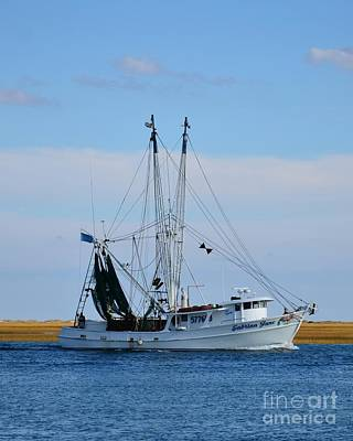 Photograph - Shrimp Boat Coming In by Bob Sample