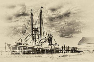 Shrimping Off Amelia Island Art Print by Barry Jones