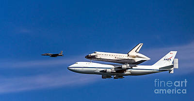 Photograph - Shuttle Endeavour by Kate Brown
