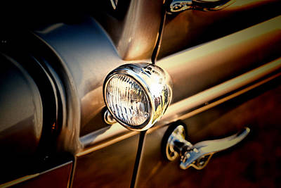 Photograph - Side Light by Ron Roberts