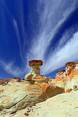 Photograph - Sidestep Hoodoo by Bill Singleton