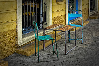 Photograph - Sidewalk Table And Chairs Nola Dsc05944 by Greg Kluempers