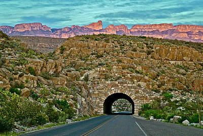 Sierra Del Carmen Over Tunnel To Rio Grande Village Area In Big Bend National Park-texas Art Print