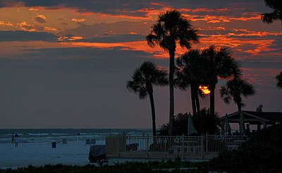 Target Threshold Nature - Siesta key sunset by Deborah Good