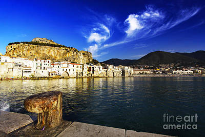 Italy Photograph - Sightseing by Stefano Senise