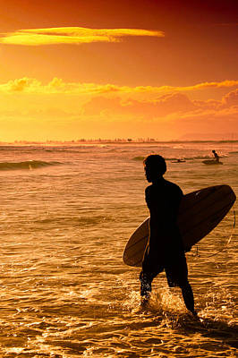 Photograph - Silhouette Of A Surfer by Celso Diniz