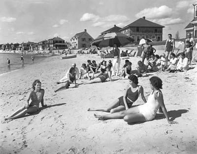 Sunbathers Photograph - Silver Beach On Cape Cod by Underwood Archives