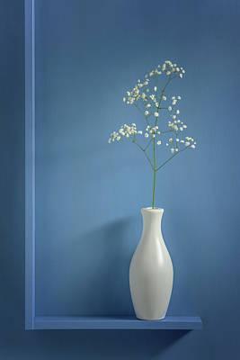 Vase Photograph - Simplicity by Stephen Clough