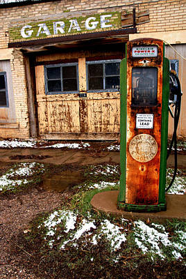 Photograph - Sinclair Station In Scipio by Daniel Woodrum